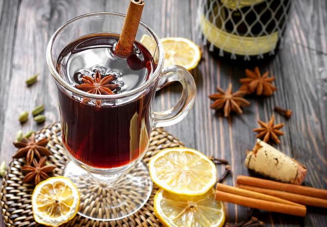 Глинтвейн с медом и лимоном