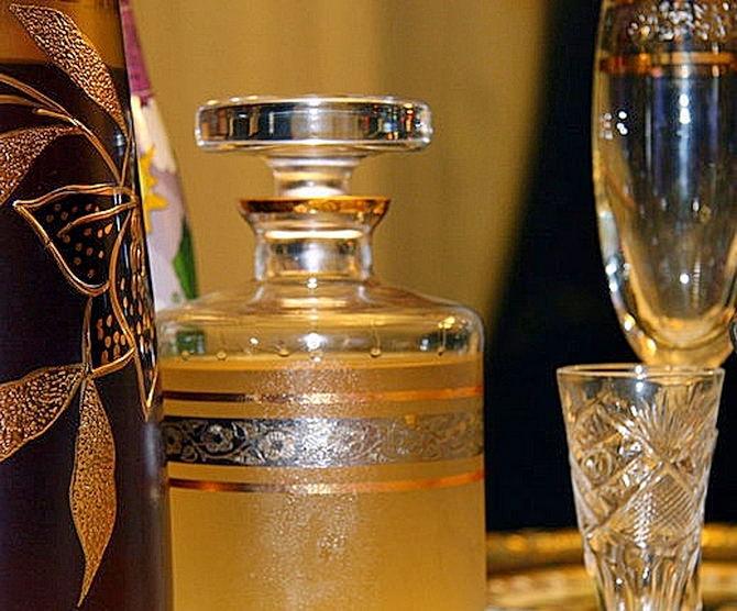 Водка и мед